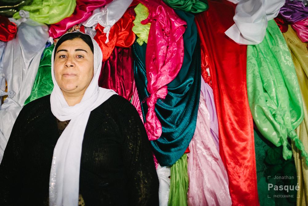 Lorsque le noeud fait par un yézidi est défait, son voeu est censé se réaliser.